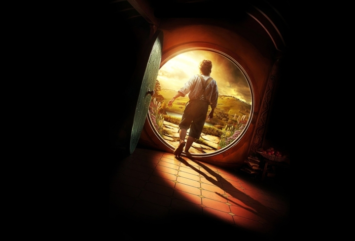 bilbo-leaving-hobbit-hole